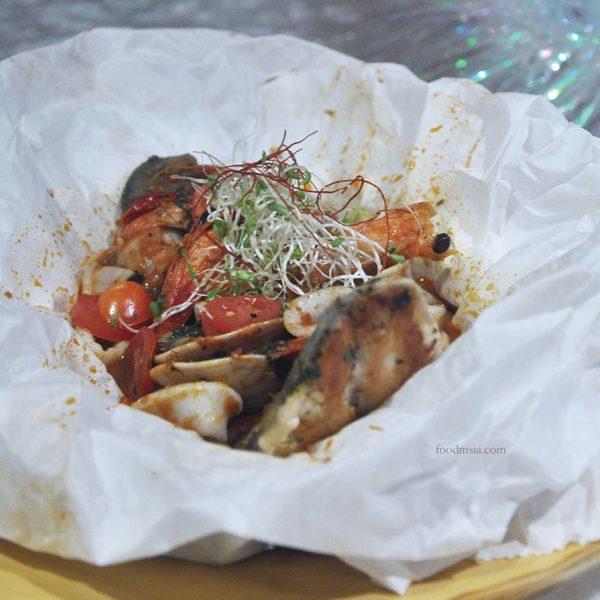 the club gtower hotel kuala lumpur christmas set dinner fish