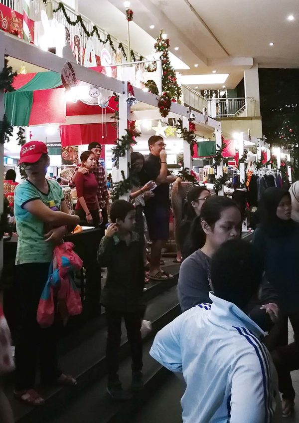 citta mall new year eve countdown party 2019 crowd