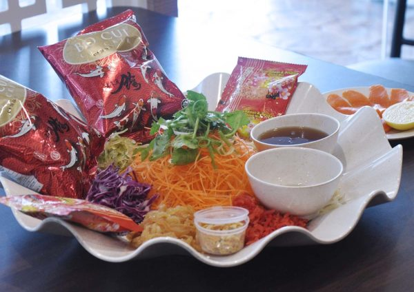 esquire kitchen prosperous chinese new year set menu yee sang