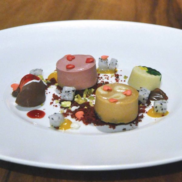 tanzini gtower hotel kuala lumpur valentines day dinner dessert
