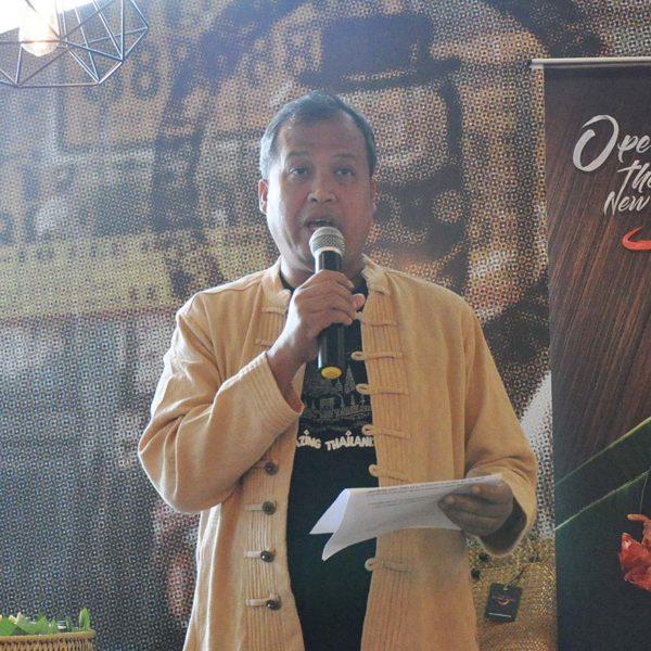 eat thai visit thailand campaign mr tuk tuk ahman mad adam