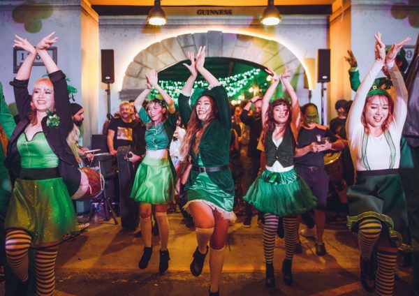 guinness st patrick event the gasket alley performers