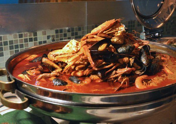 impiana klcc hotel kuala lumpur ramadan buffet seafood