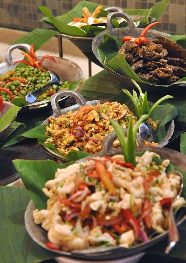 impiana klcc hotel kuala lumpur ramadan buffet kerabu