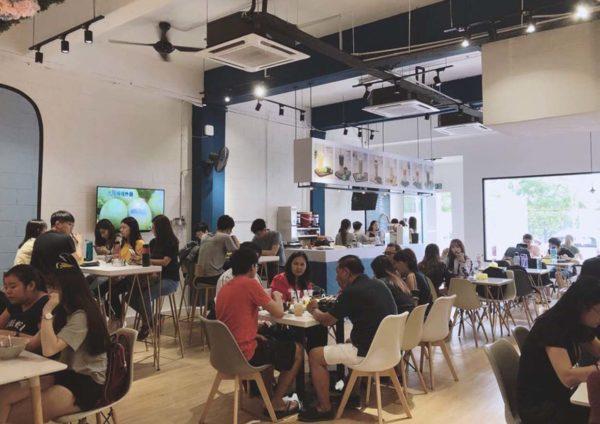 yoy tea bandar sunway taiwan beverage shop customers
