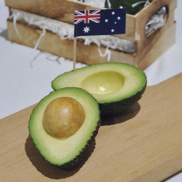 taste australia avocado buttery flesh