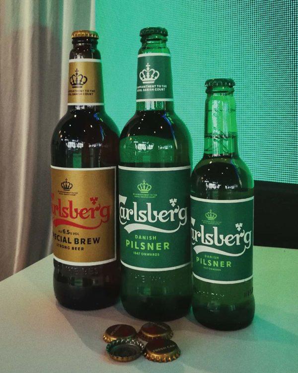 carlsberg just keeps getting better marimbar petaling jaya new bottle