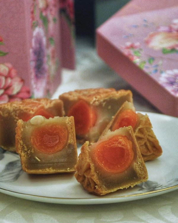 grand harbour mid autumn festival classic handmade mooncake lotus paste double yolk