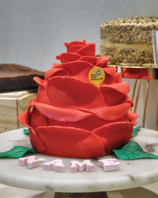 eat cake today the cake show ring o roses by b sweetbites