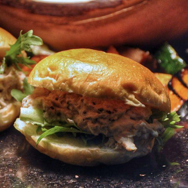hilton kuala lumpur vasco smokehouse bbq buffet smoked chicken sandwich
