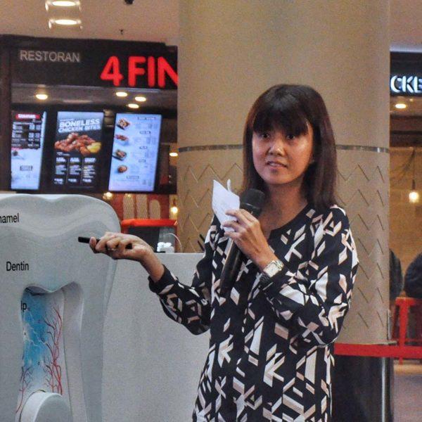 sensodyne sensitivity and gum dr cheah chia wei
