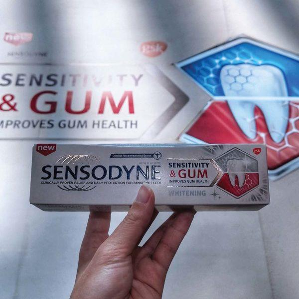 sensodyne sensitivity and gum whitening toothpaste