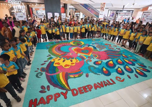 deepavali celebration da men mall usj subang jaya kolam art