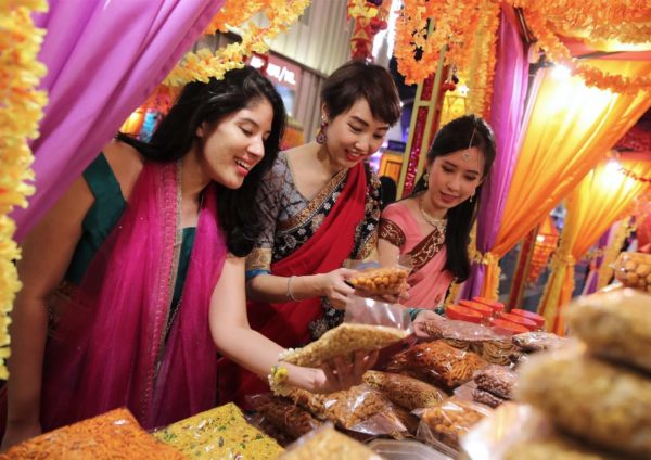 deepavali celebration pavilion kuala lumpur bazaar shopping