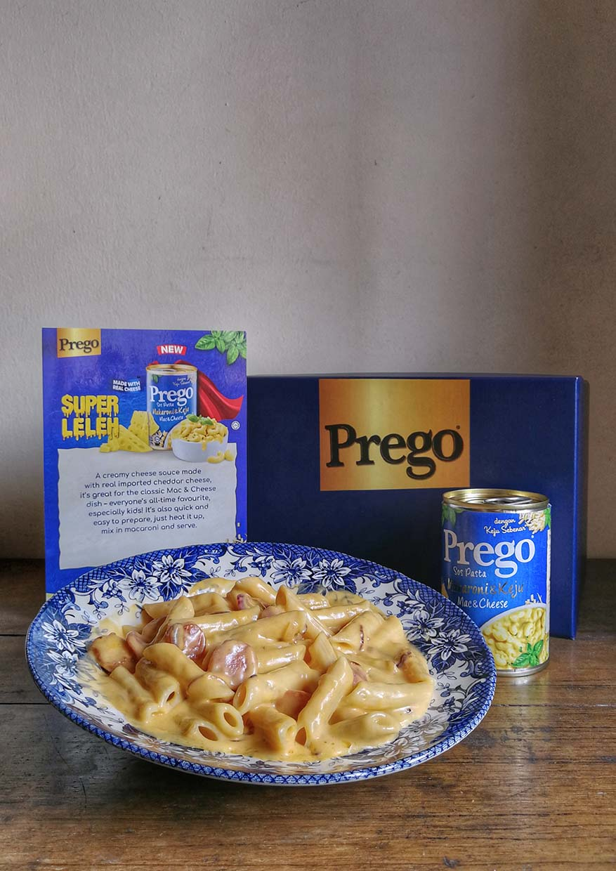 Easy Cooking with Prego Mac & Cheese Pasta Sauce