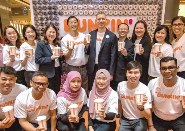dunkin suria klcc new outlet team