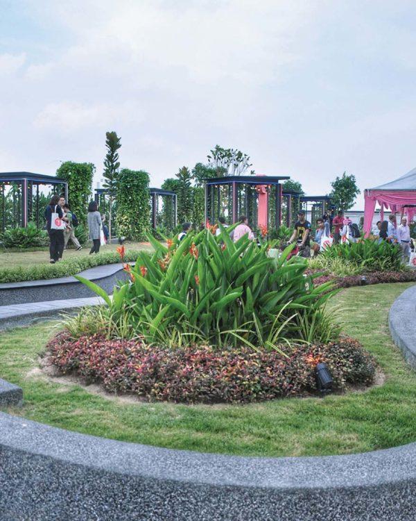toppen shopping centre tebrau johor bahru rooftop garden