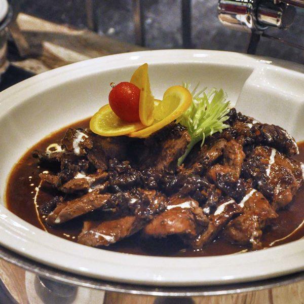 christmas buffet cinnamon coffee house one world hotel pj meat