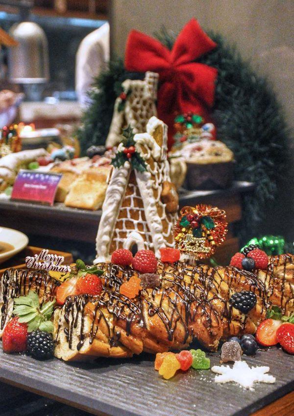 christmas buffet cinnamon coffee house one world hotel pj pastries