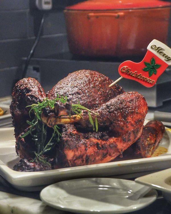 evolution cafe renaissance kuala lumpur hotel christmas buffet roasted turkey