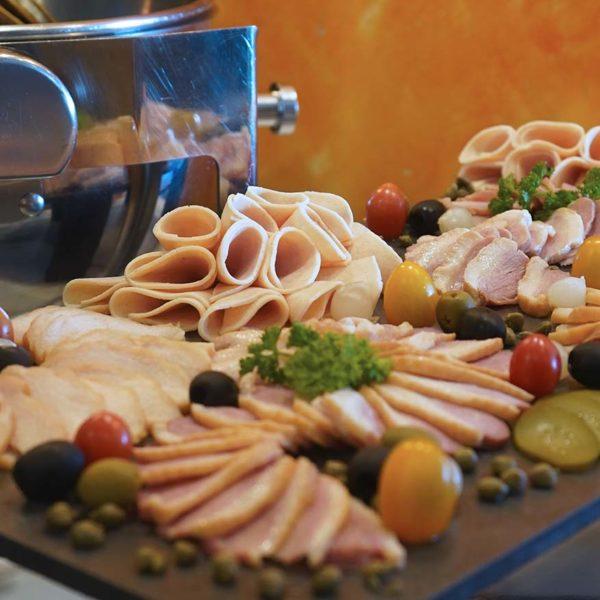 spice restaurant furama bukit bintang kuala lumpur christmas buffet cold cuts