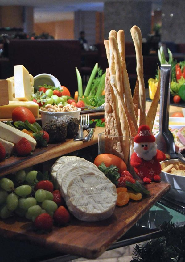 the westin kuala lumpur chocolicious christmas sweet new year cheese station