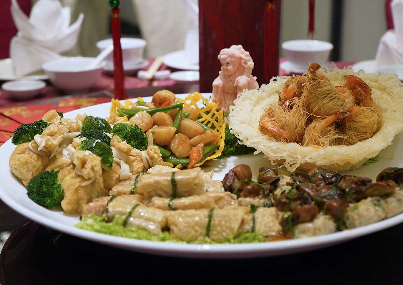 CNY Auspicious Offerings @ Evolution Café, Renaissance Kuala Lumpur Hotel
