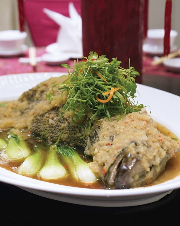 cny feast evolution cafe renaissance kuala lumpur hotel fish