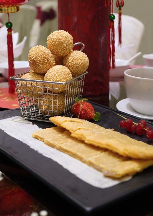 cny feast evolution cafe renaissance kuala lumpur hotel sesame ball