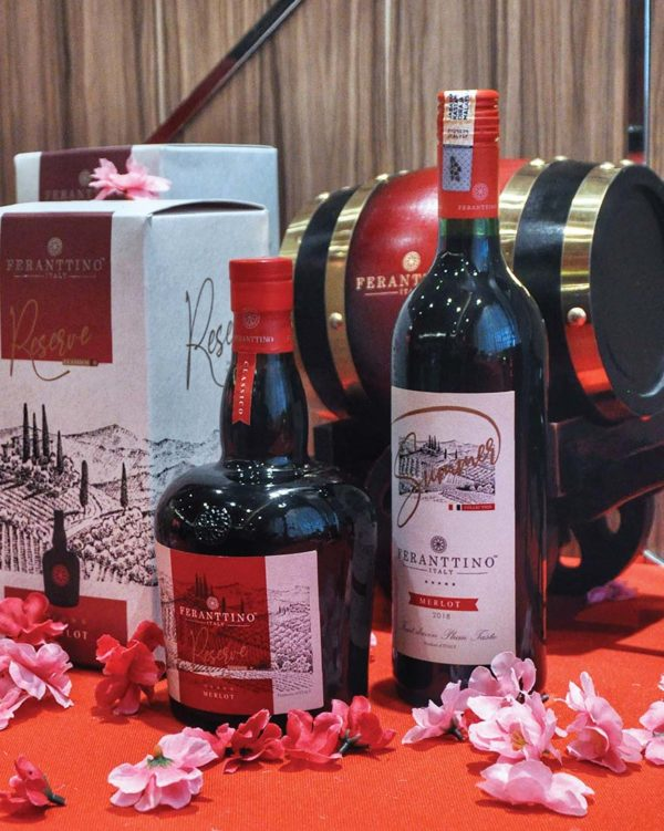 jin ye ye chinese new year hamper feranttino italy red wine