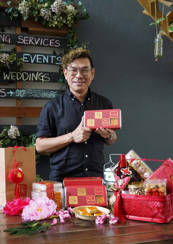 swee bee pineapple tarts baker dave cny promotion