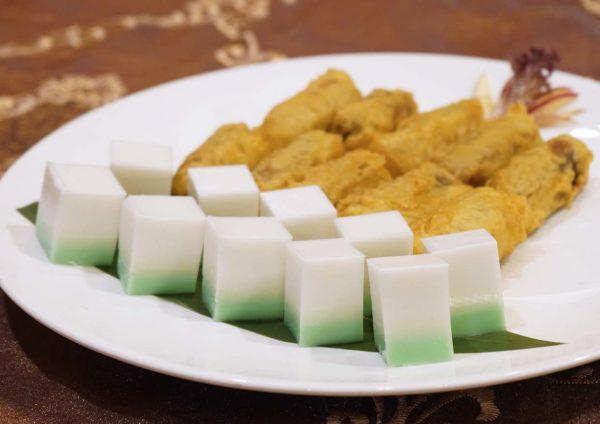 the emperor dorsett grand subang cny set menu fried nian gao