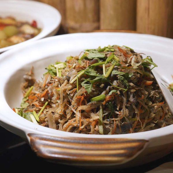 evolution cafe renaissance kl hotel selera a la kampung ramadan buffet nyonya dish