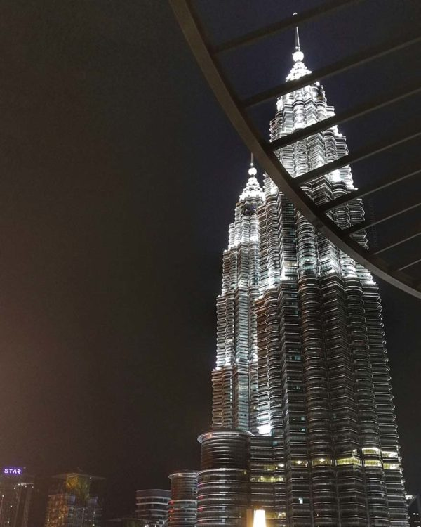 envi skydining menara ta one kuala lumpur petronas twin towers