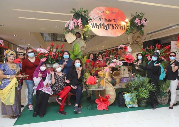 a taste of malaysia damen mall usj shoppers