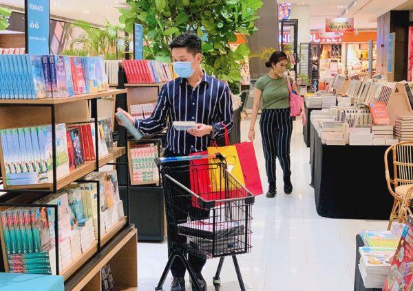 da men usj wonders of malaysia merdeka celebration bookxcess