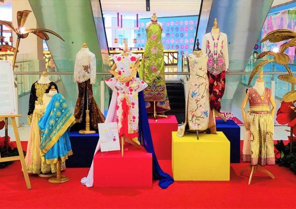 da men usj wonders of malaysia merdeka celebration traditional costumes