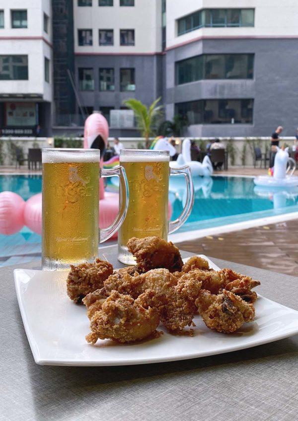 pool bar treat oakwood hotel residence kl beer fried chicken
