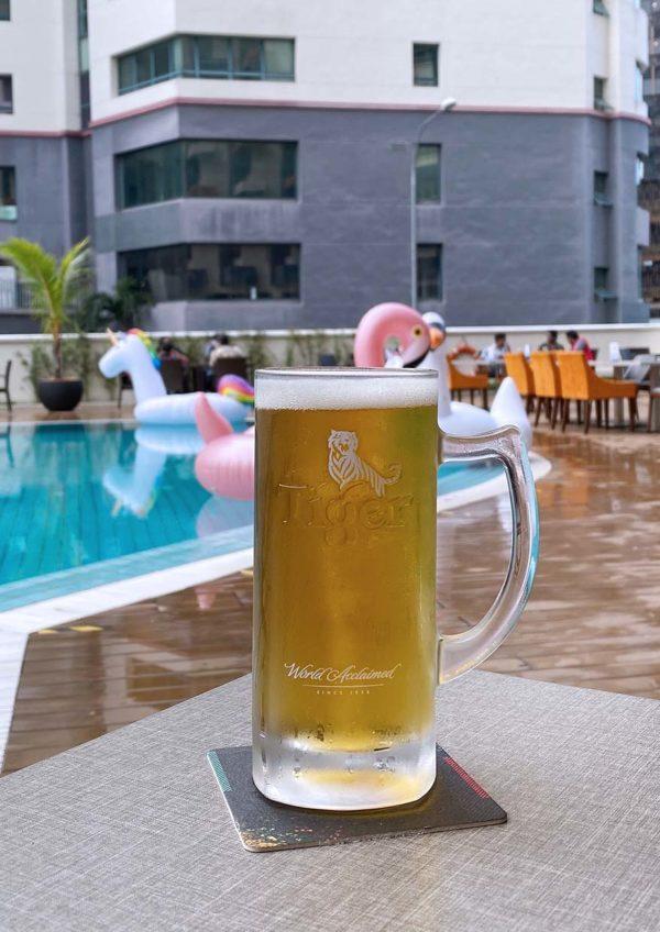 pool bar treat oakwood hotel residence kl happy hour deal