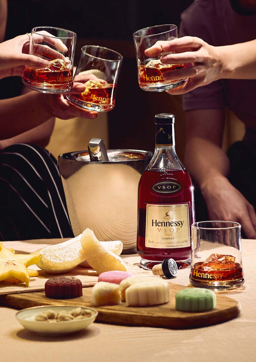 "A ""First"" & Meaningful Mid-Autumn Festival Celebration With Hennessy"