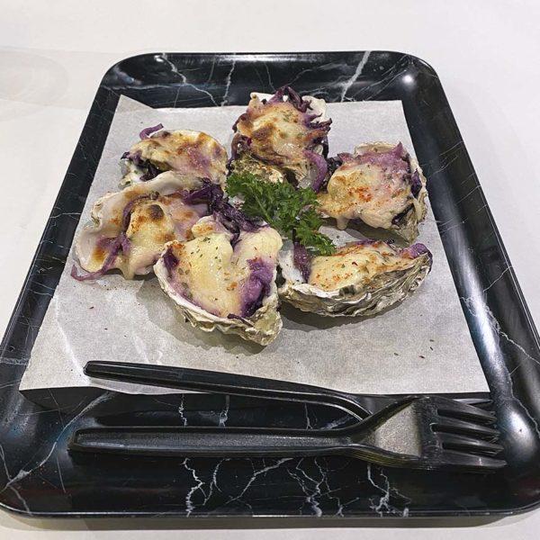 ombak kitchen seafood boil restaurant bangsar kuala lumpur cheese baked oyster