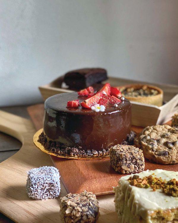 chris kitchen kl home based bakery strawberry chocolate mousse cake