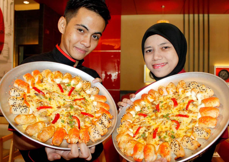 Cheesy Bites Trio by Pizza Hut