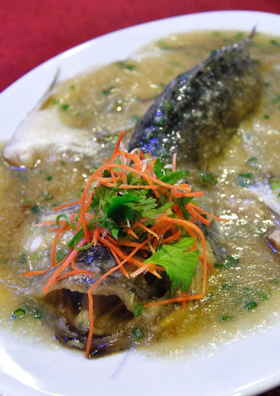 Phoenix Chinese Restaurant @ Holiday Inn Kuala Lumpur Glenmarie