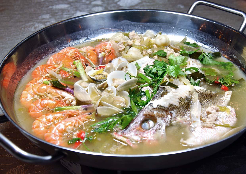 Kampung Ku Seafood & Steamboat Restaurant @ Kota Damansara, Selangor