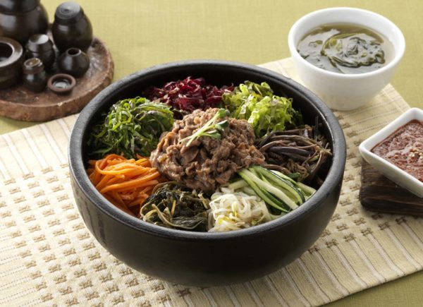 "Bulgogi Brothers Offers ""Hanjeongsik"" Feast For Two"