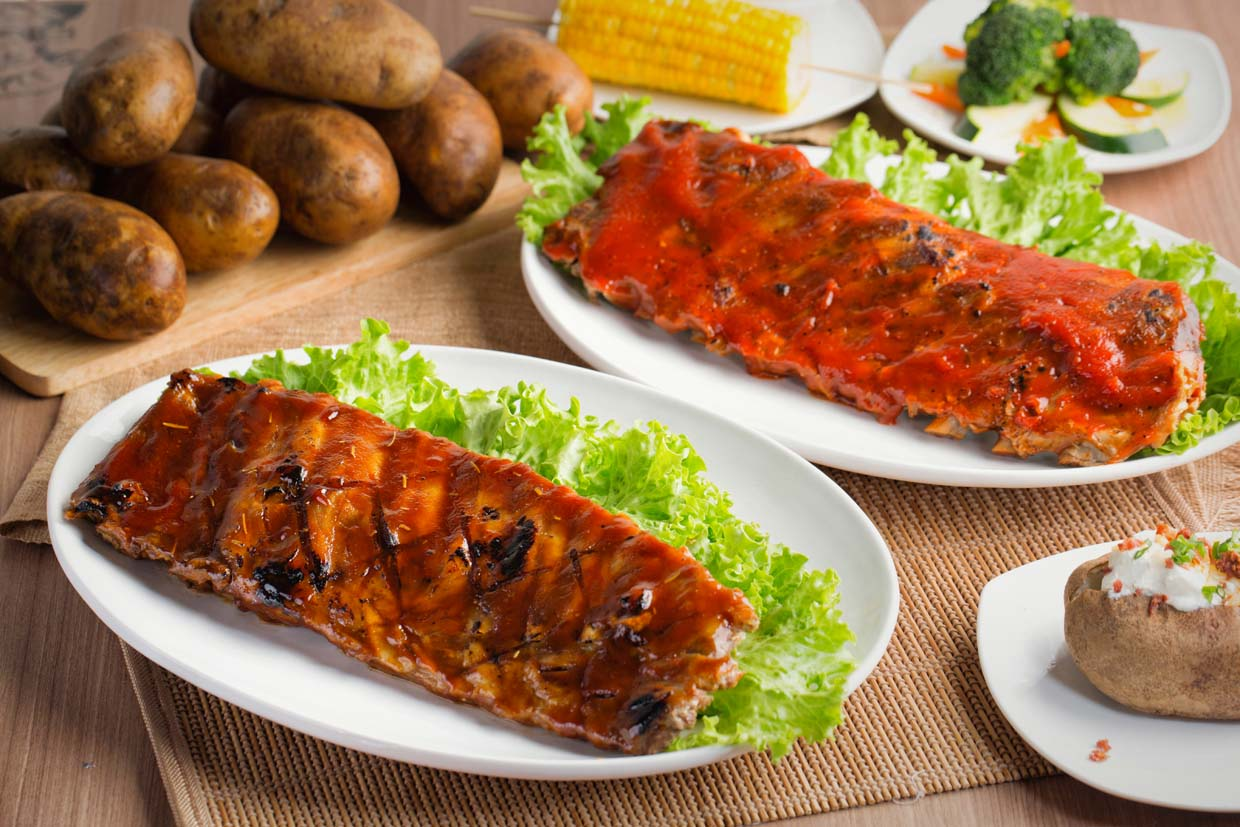 """Father's Day """"Feast on Ribs"""" Promotion @ Chicago Rib House"""