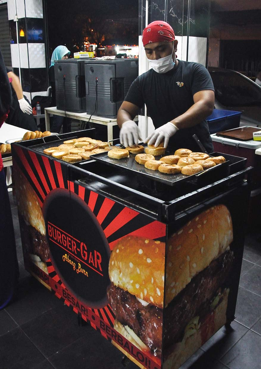 Burger Bakar Abang Burn @ Section 7, Shah Alam