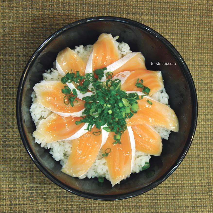 Atlantic Salmon Sushi Bowl @ Sukiya, Damansara Utama, Selangor
