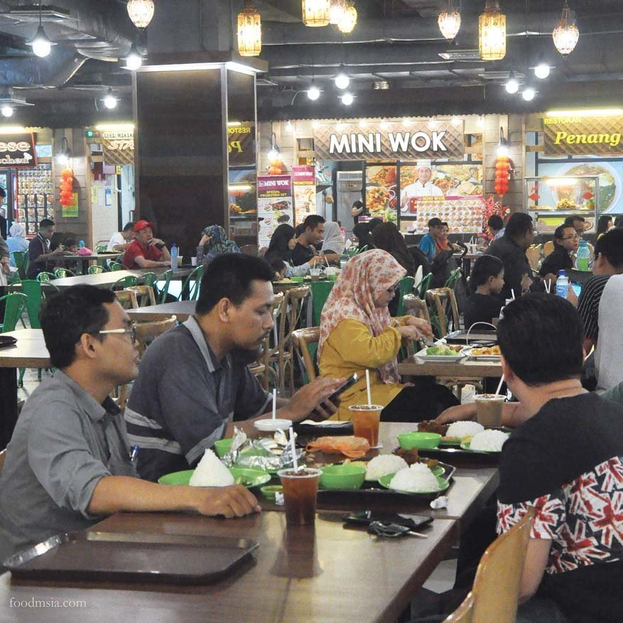 What To Eat @ NEXT Food Junction, Klang Parade